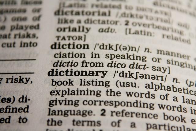 Tłumacz przysięgły online - tłumaczenia online