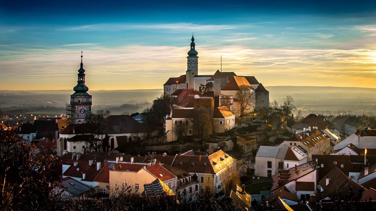 Biuro tłumaczeń czeskiego - oferta